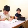 こちらのページでは、中学受験における『塾』選びの基本となる塾の種類を、大まかに4つに分類して、それぞれの特徴を紹介していきます。
